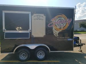 Attractive custom food truck graphics